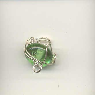 Indian wire wrapped beads - 8mm round - apple gree